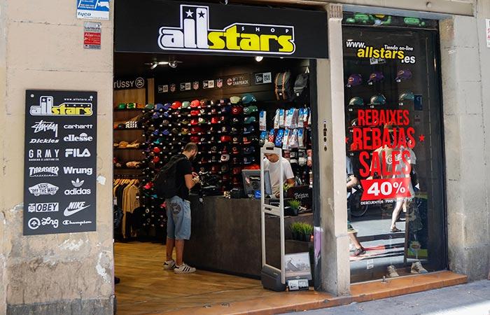 escaparate exterior de tienda Allstars